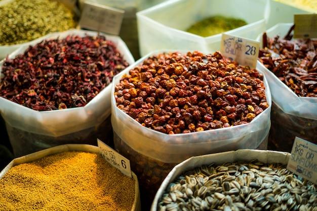 Qatar specerijen in lokale markt