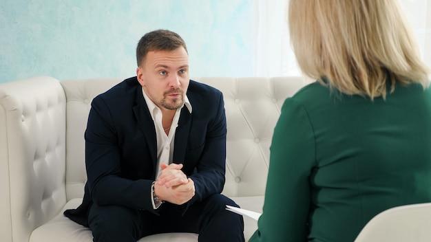 Raadpleging van een psycholoog
