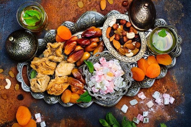 Ramadan kareem-vakantietafel