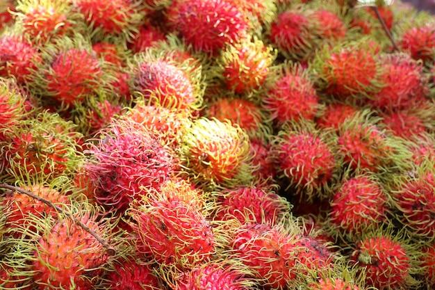 Rambutan bij straatvoedsel