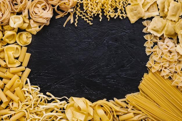 Rand van verschillende pasta
