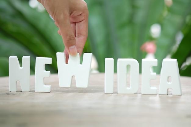 Rangschikken witte letters nieuwe idea