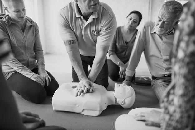Reanimatie ehbo training concept