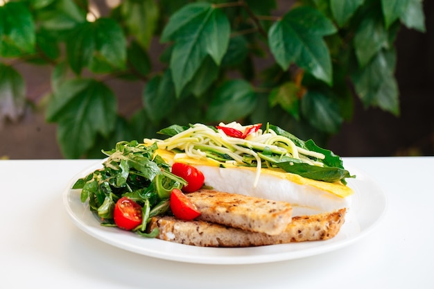 Recept voor omelet met roerei, mevrouw poulard met opgeklopte eiwitten