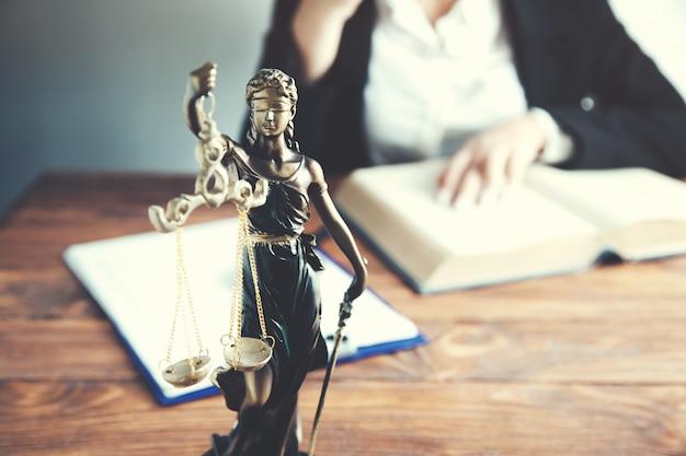 Recht en rechtvaardigheid concept