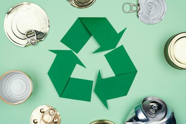 Recycling concept plat leggen