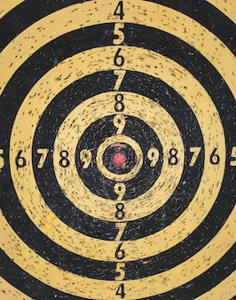 Red bullseye doel of gebruikte dartbord doel achtergrond