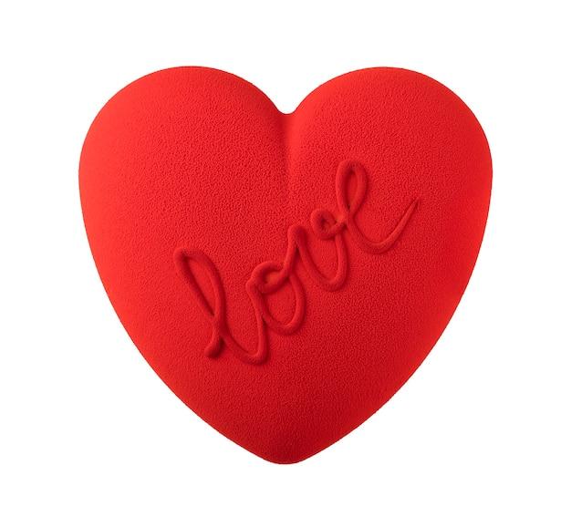 Red velvet cake in de vorm van een hart op een witte achtergrond. geïsoleerd object