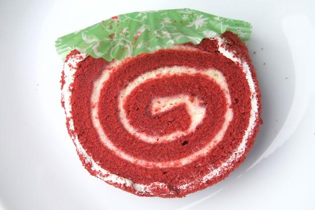 Red velvet cake op bord