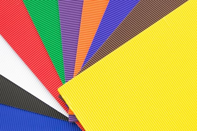 Reeks kleurrijke rubber cellulaire bladen of yogamatten.