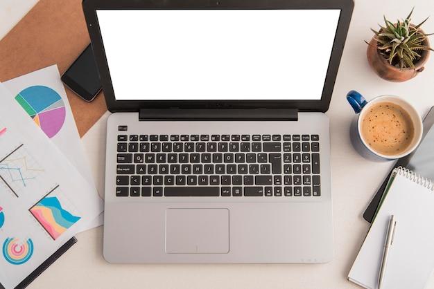 Regeling met laptop bovenaanzicht