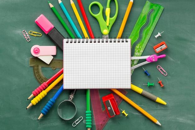 Regeling van onderwijsdagelementen met lege blocnote