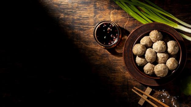 Regeling van traditionele indonesische bakso