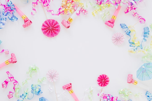 Regeling van verschillende verjaardagsvoorwerpen met exemplaarruimte