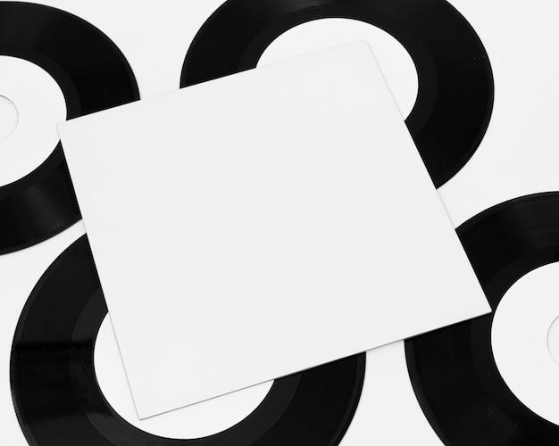 Regeling van vinylverpakkingen op wit