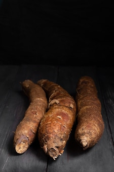 Regeling van voedzame cassavewortels