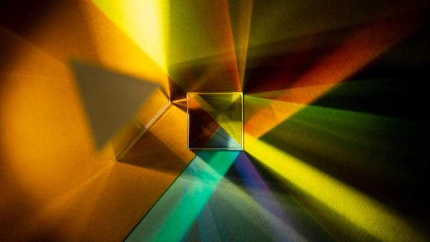 Regenboog steekt prisma-effect bovenaanzicht aan