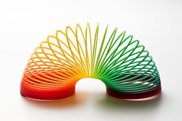 Regenboogkleurige slinky toy