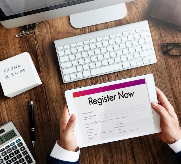 Registreer nu applicatie informatie concept