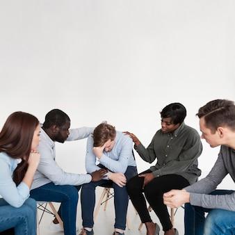 Rehab-patiënt helpt elkaar om verder te gaan