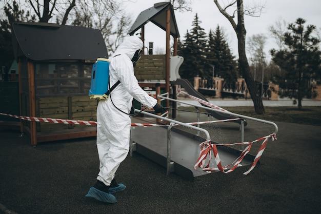 Reiniging en desinfectie op de speelplaats