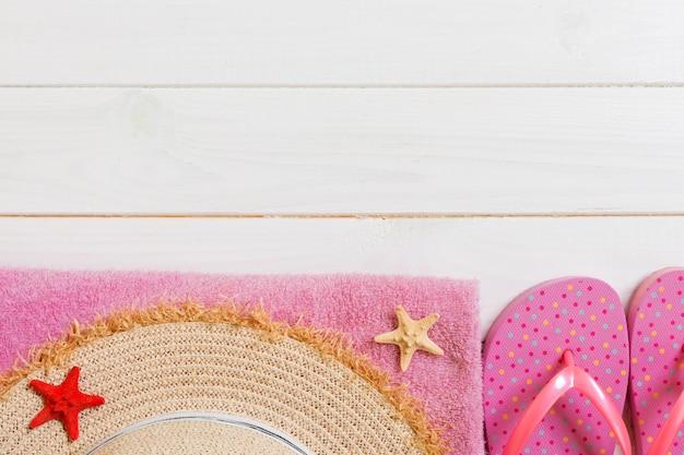 Reis- en vakantie-accessoires bovenaanzicht zomer