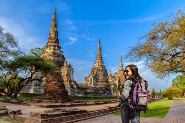 Reis in de tempel van thailand, ayutthaya