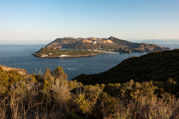 Reis naar het eolische eiland lipari in sicilië