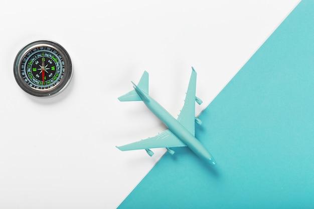 Reisconcept met vliegtuig