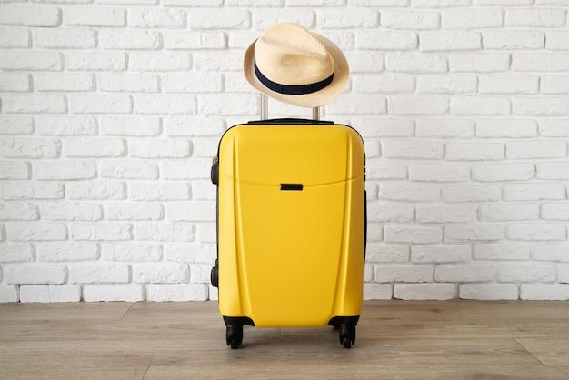 Reiskoffer en voorbereidingen inpakken
