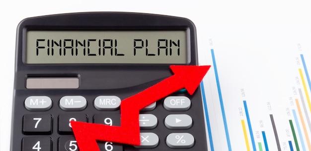 Rekenmachine met rode oplopende pijl en tekst financieel plan op het display