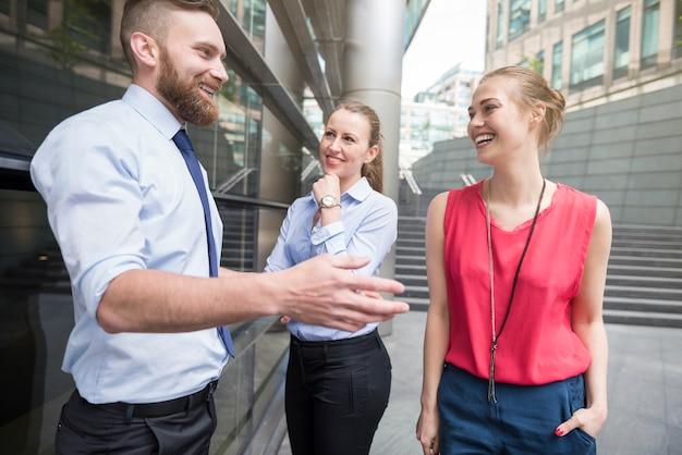 Relaties tussen collega's hebben invloed op het resultaat van werk