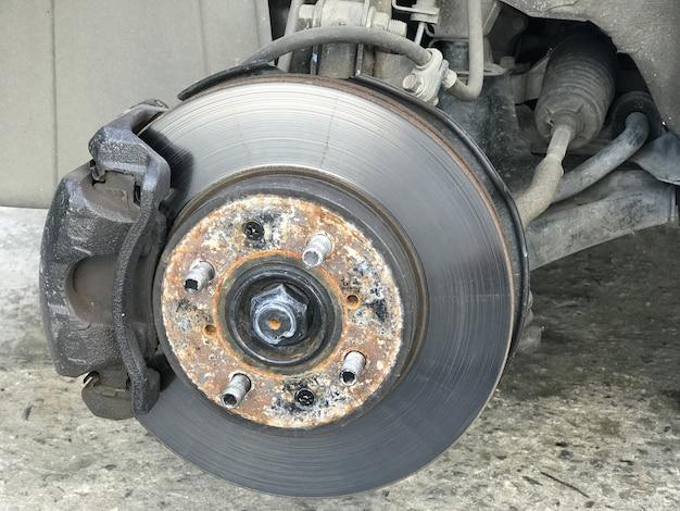 Remschijven auto zonder wiel en hef door hydraulische hefboom