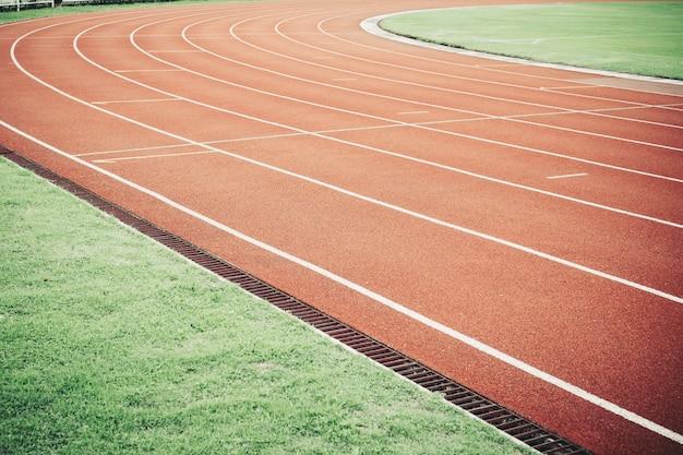 Renbaan voor atletische competitietextuur.
