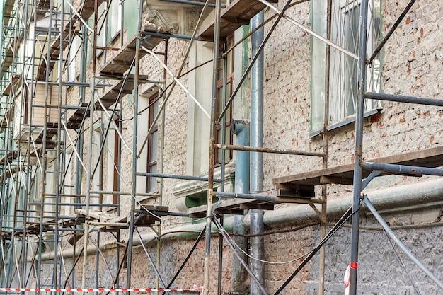 Renovatie oud gebouw.