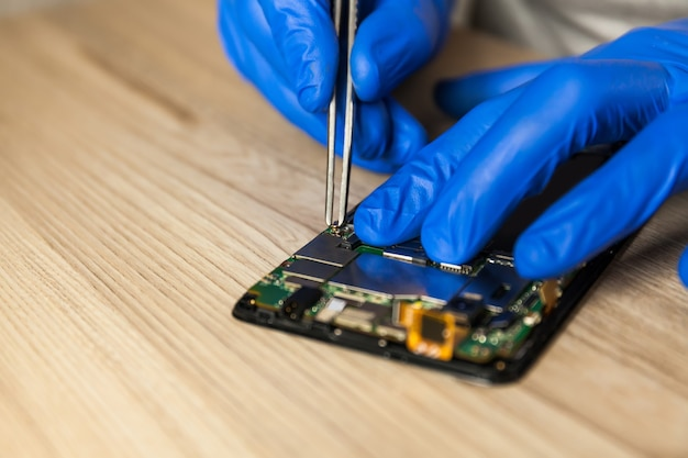 Reparatie van mobiele telefoon