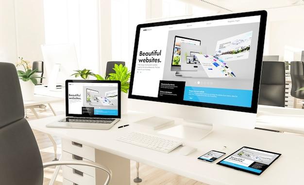 Responsieve apparaten op loft-kantoor 3d-rendering mockup