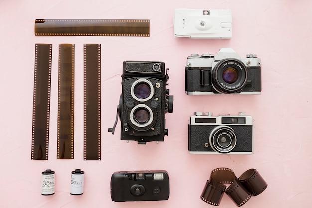 Retro camera's in de buurt van mooie film