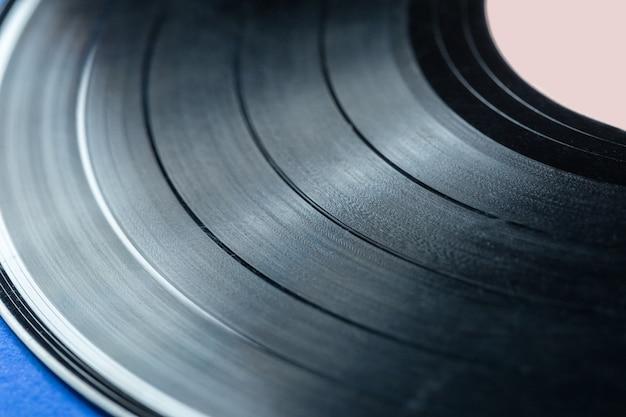Retro vinylplaat op blauw