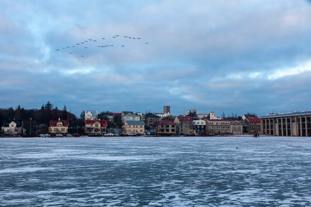 Reykjavik, ijsland - 2 januari 2018 reykjavik, de hoofdstad van ijsland