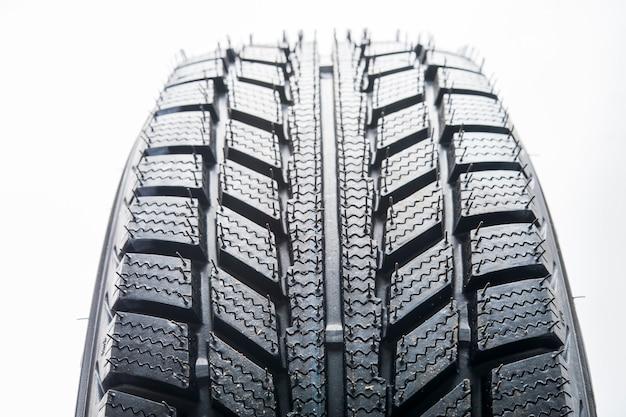 Richtinggebonden rubberen loopvlak voor winterbanden, wielen voor auto's