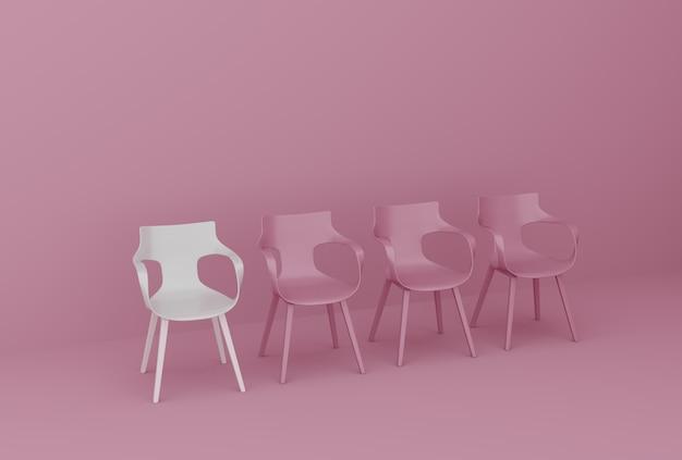 Rij van stoelen op roze muur