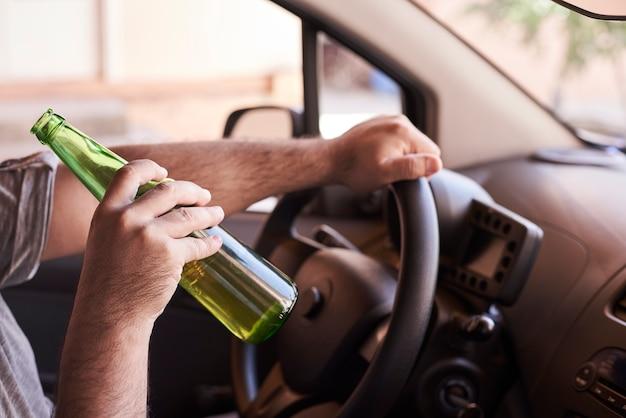 Rijden onder invloed. verminderd rijden