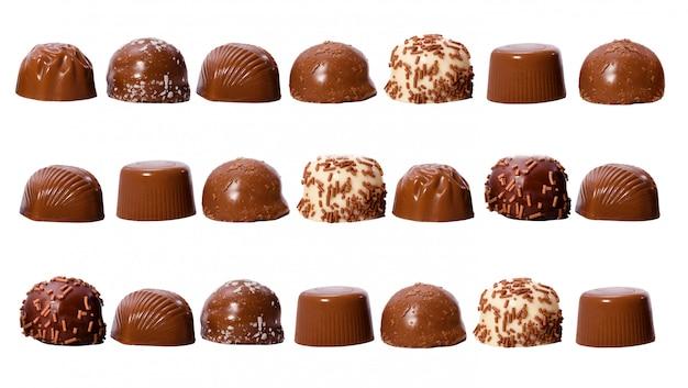Rijen met chocoladepralines