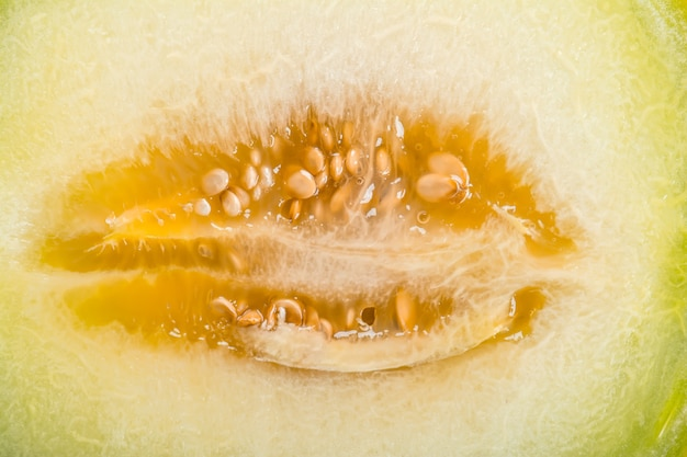 Rijpe gele gesneden meloen close-up