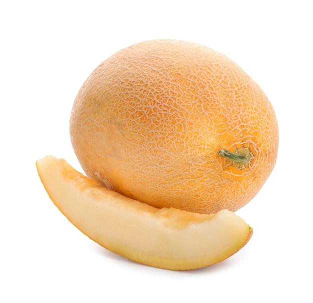 Rijpe meloen met geïsoleerde plak