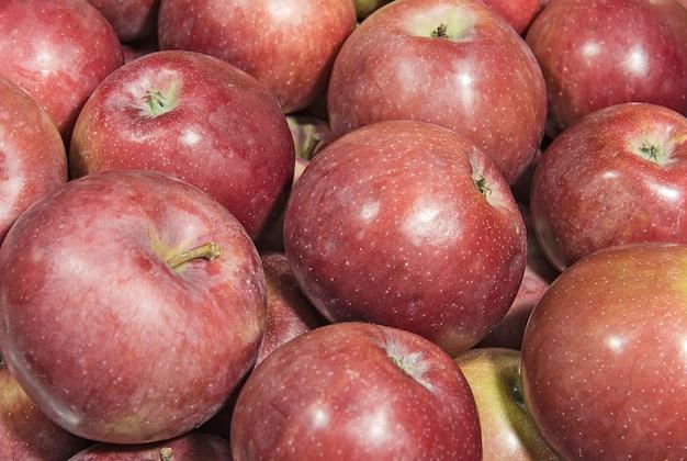 Rijpe rode appels close-up achtergrond