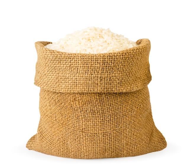 Rijst in een zak op een witte achtergrond