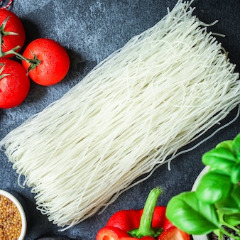 Rijstnoedels glasnoedel aziatische vermicelli