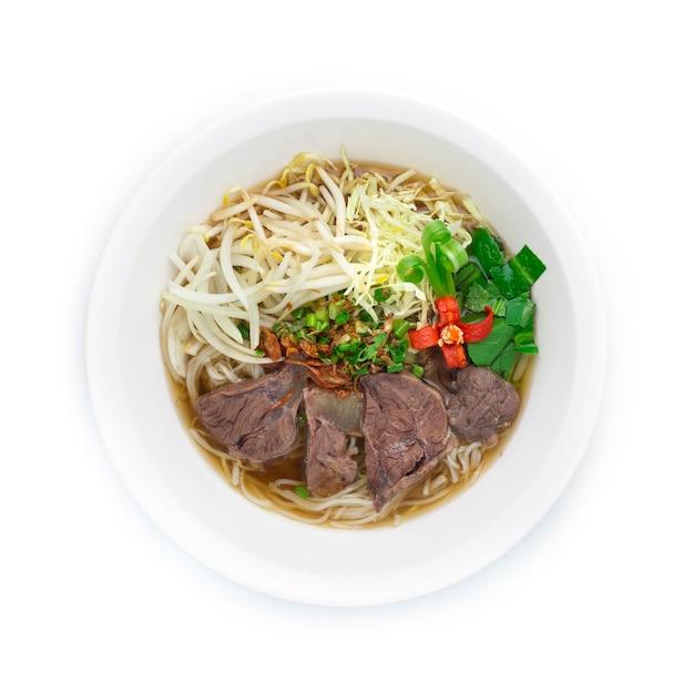 Rijstnoedels met rundvlees in heldere soep pho vietnamese voedselstijl versieren
